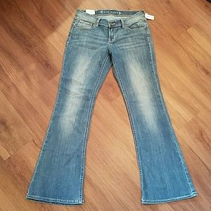 NEW Mini flare jeans